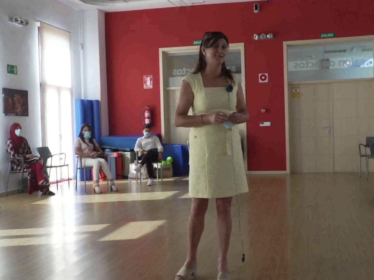 Alcaldesa de Yeles y Presidenta de la Mancomunidad Sagra Alta en la inaguración de Curso de Formación de Facilitadores para las comarcas de La Sagra.